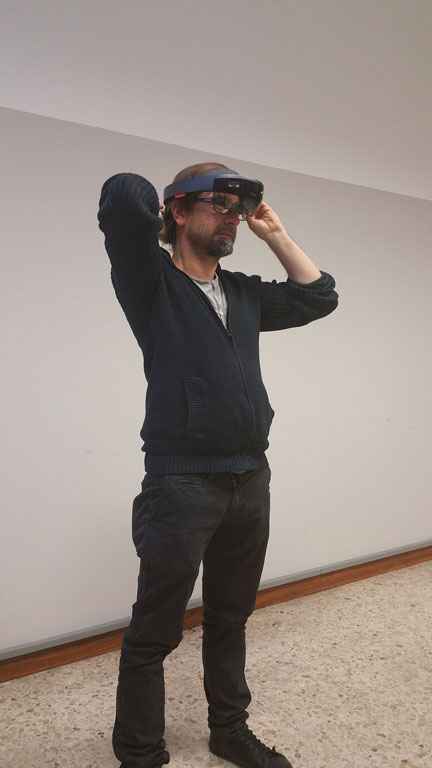 HoloLens medical augmented reality exhibition